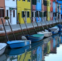 colourful houses and boats in Burano